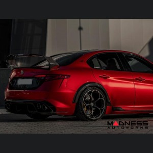 Alfa Romeo Giulia Trunk Spoiler - Carbon Fiber - GTam Style w/ Italian Flag
