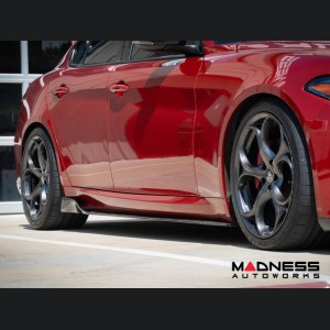 Alfa Romeo Giulia Side Skirts - Carbon Fiber - Forged Carbon - Estremo - Feroce Carbon