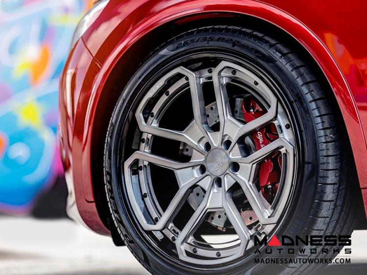 "Alfa Romeo Stelvio Custom Wheels - Forged 22"" - CŌR Conquest"