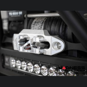 Jeep Wrangler JL Capture Fairlead - Raw
