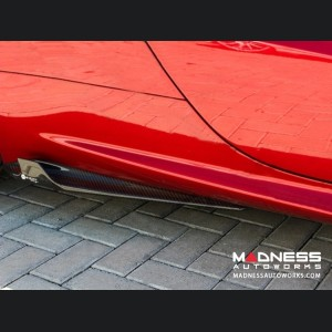 Alfa Romeo 4C Carbon Fiber Side Skirt Set - Shark Fin