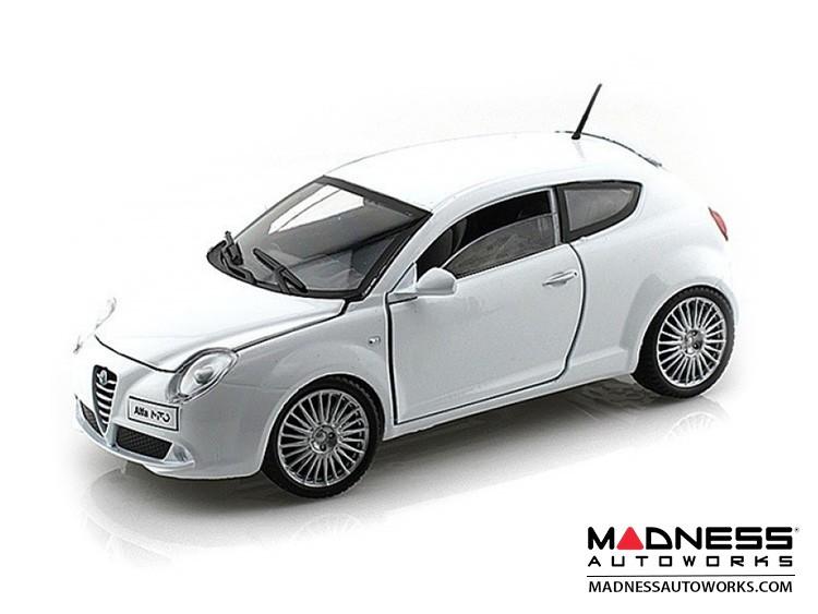 Alfa Romeo Mito Die Cast Model - 1:24 Scale - White