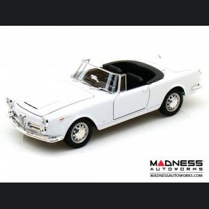 Alfa Romeo Spider 2600 Die Cast Model - 1:24 Scale - White - 1960 Soft Top Convertible - Down