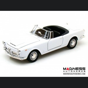 Alfa Romeo Spider 2600 Die Cast Model - 1:24 Scale - White - 1960 Soft Top Convertible - Down