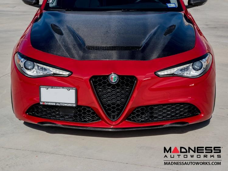 Alfa Romeo Giulia Front Spoiler - Carbon Fiber - Elegante - Feroce Carbon - Base Model