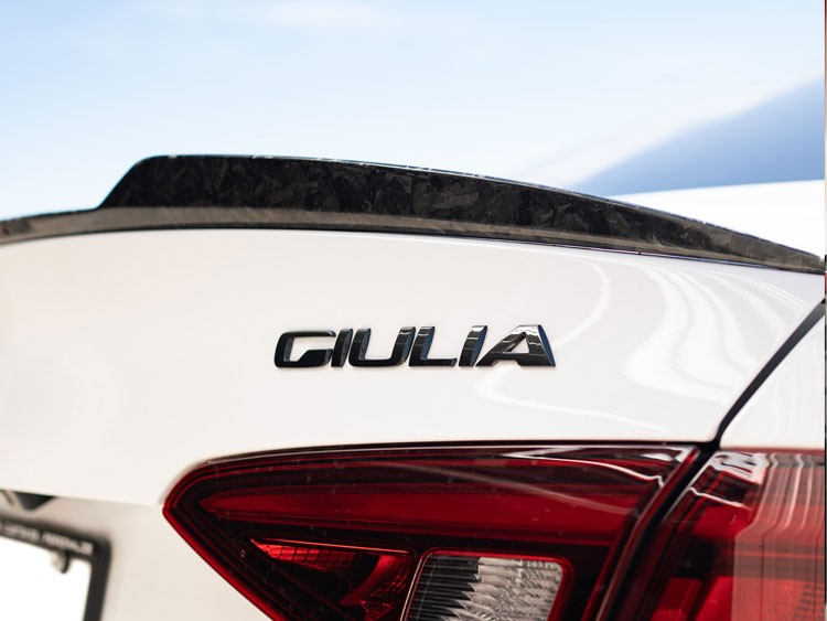 Alfa Romeo Giulia Trunk Spoiler - Quadrifoglio Style - 100% Carbon Fiber - Forged Carbon - Feroce Carbon