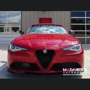 Alfa Romeo Giulia Windshield Custom Sunshade - Racing Flag Design