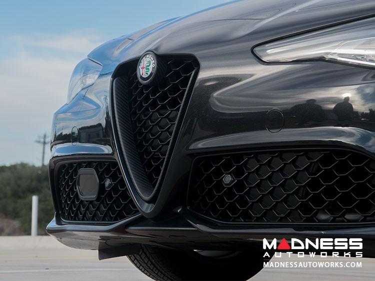 Alfa Romeo Giulia Front V Shield Grill Frame + Emblem Frame Kit - Matte Carbon Fiber