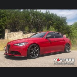 Alfa Romeo Giulia Side Skirts - Carbon Fiber - Lusso