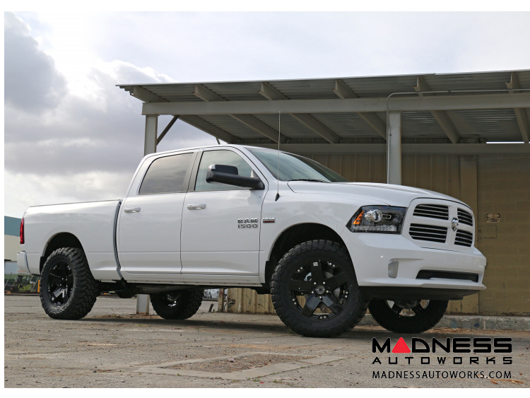 Dodge Ram 1500 4WD Suspension System - Stage 5