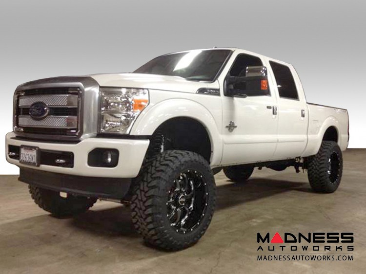 """Ford F-250 Super Duty Suspension System - Stage 2 - 7"""""""