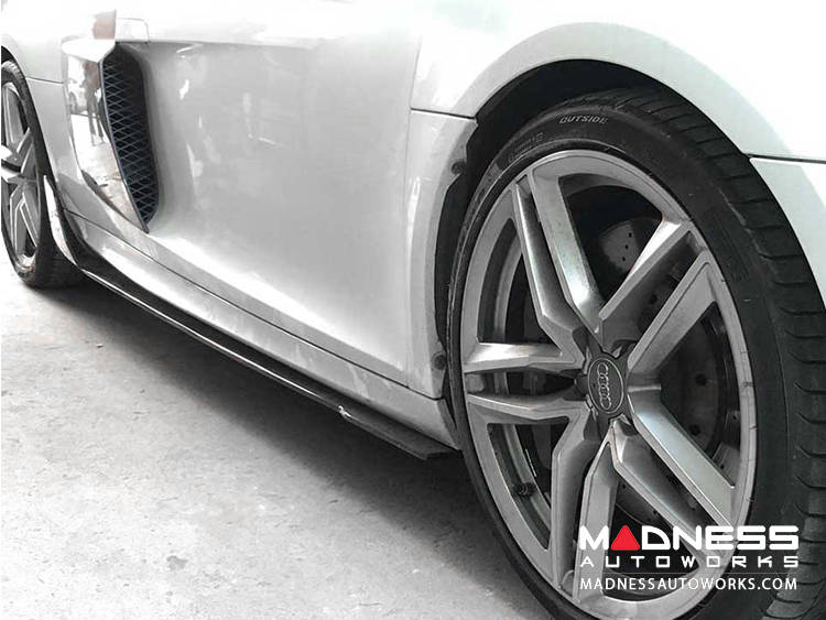 Audi R8 Car Side Skirt Extensions - Carbon Fiber - Set