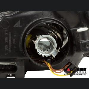 Mercedes Benz C300 Headlight Light Bulb Replacement Clip Set