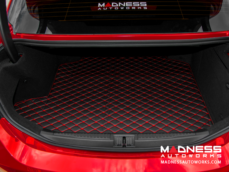 Alfa Romeo Giulia Cargo Mat - w/ out Premium Sound - Black w/ Red Stitching