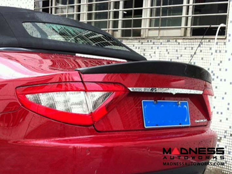 Maserati GranTurismo Convertible FRP Rear Trunk Lip - Carbon Fiber