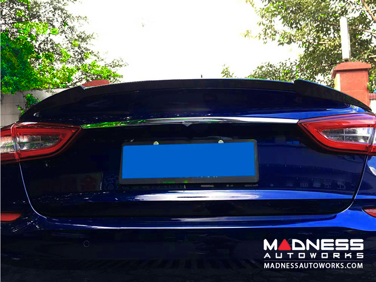 Maserati Quattroporte Sedan Duck Tail Car Spoiler - Carbon Fiber