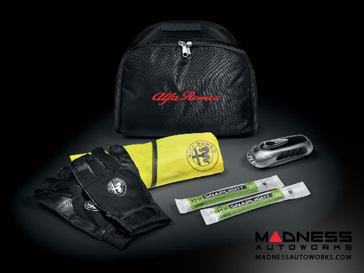 Alfa Romeo Giulia Safety Kit
