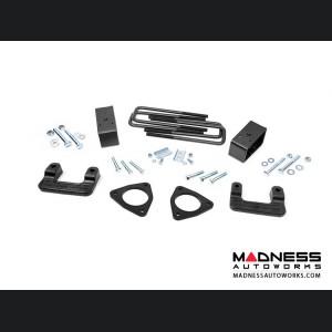 GMC Denali 1500 w/ Magnaride 2.5in Leveling Lift Kit (2014 - 2018)